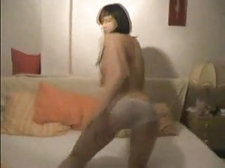 Squeaky fromme nude - Amateur has sex on a squeaky bed