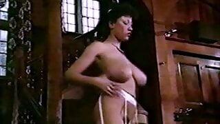 FUNKY MUSIC - vintage 80s big natural tits dance