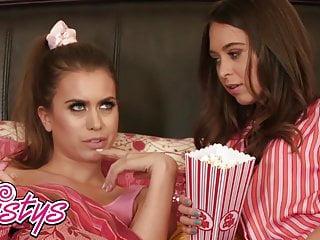 Bed in lesbian teen - When girls play - riley reid jill kassidy - lesbian bed
