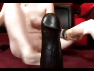 Girls with huge pussy - Huge dildo, huge pussy