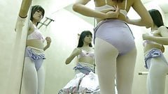 Ballet LockerRoom.26
