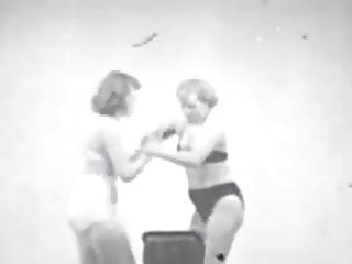 Cat fight movie sexy The cat fighting babes