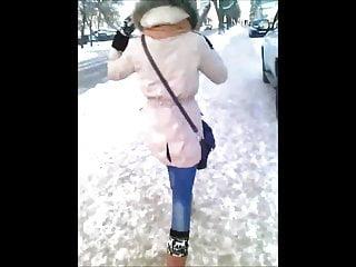 Free xxx video and jizz - Pretty girl and jizz on her back