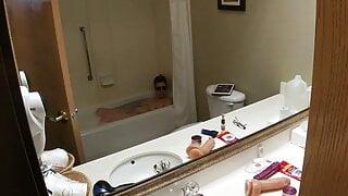 Highandhorny22 hotel bathtub fun!!