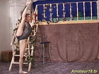 Sex with a gymnast Flexi sex with young skinny gymnast