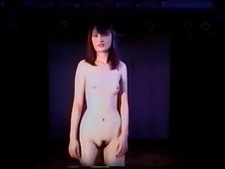 Vintage fashion shows - Nude fashion show