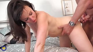 Home sex with MILF and lucky daddy
