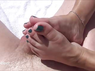 Shinny tights on sluts Wifes outside footjob - shinny teal nails