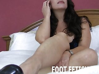 A bottom of a well I want to feel your hot tongue on the bottom of my feet