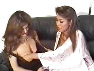 Minka kellyn nude Minka goes lesbian