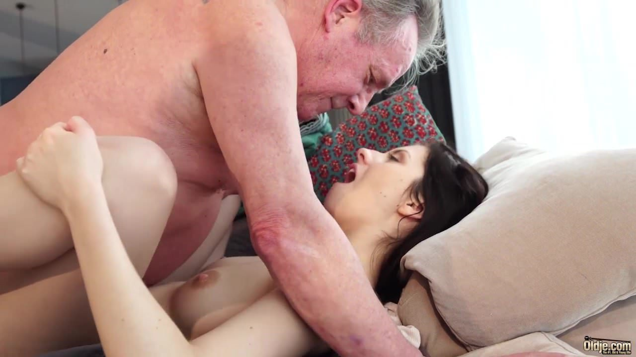 Free mobile old young porn videos