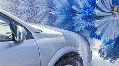 Cougar PAWG Slut Gets Dirty in the Chevron Car Wash with BBC