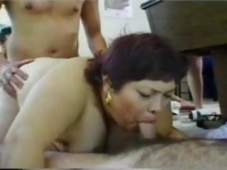 Bunch of fucking idiots - A bunch of bbws at a lingerie fuck party