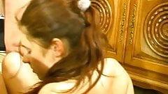 fille de 18 ans pleure pendant la sodo