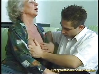 Hot horny busty mom - Old busty mom is extreme horny today