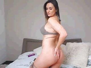 W bikini Shi w tits girl in her padded bikini