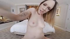 Naughty America - Lindsey (Jade Nile) fucks you in VR