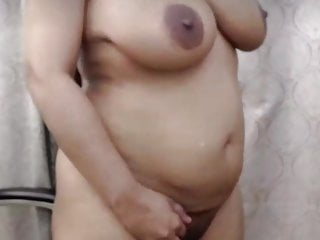 Big boobs vedio - Indian mom hd vedio