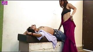 Sania Rao saree navel boob romance