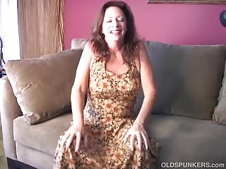 Mom loves to fuck Saucy old spunker loves to fuck her fat juicy pussy 4 u