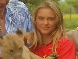 Vintage safari pants - Safarie avec une jeune pucelle