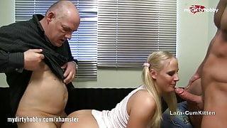My Dirty Hobby - Lara-Cumkitten 2 Schwanze im Mund
