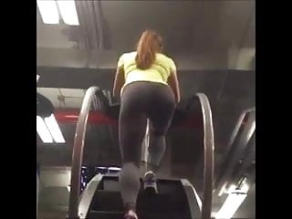 Hot tight redheads - Tight hot workout ass in leggings