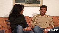 Retro Porno Nachbar fickt die Notgeile MILF