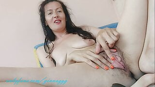 I'll touch myself and you jerk off on me . hairy pussy