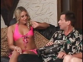 Mature male movies tgp - Mature male gets two hot chicks to suck his dick