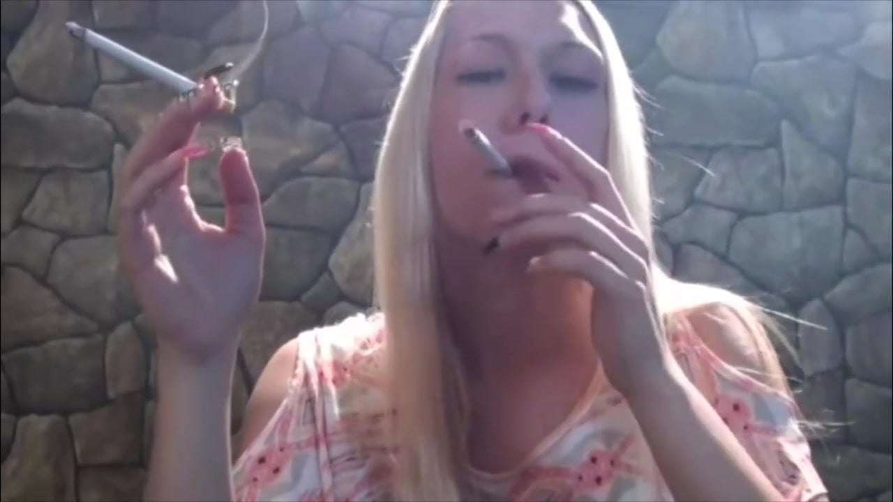Smoking Fetish Blow Job