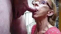 Amateur granny fantastic sucking