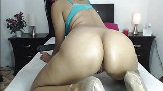Mature Latina Milf Nicole Big Ass Hairy Pussy