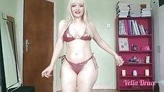 Sexy PAWG in bikini