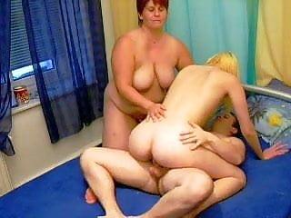 Mom stepdaughter 3some