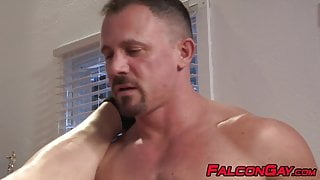 Brutal raw ass bang for jocks with massive muscles