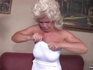 Girl screams while fucked - Granny screams while fucked hard