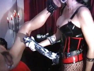 Carmen sandiego hentai - Carmen owns - strapon queen