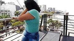 Big booty girl move Ass