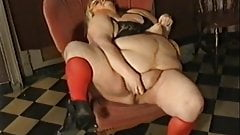 Vintage Fatty Masturbating At The Bar