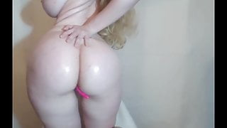 Perfect pale blonde shows her body
