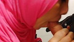 Miel hijabi suce coak