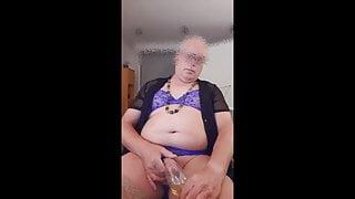 Aline pee drink glass
