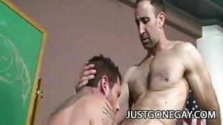 Hot DILF Steven Richards fucking Tristan Mathews' tight ass