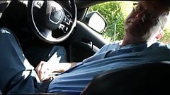Hitchhicker blows and fucks daddy on the roadside