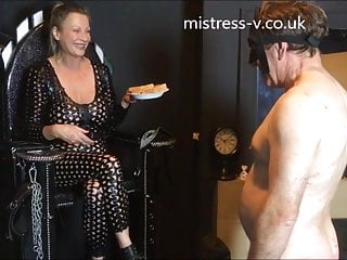 Eating food pussy - My slave eating my spat out food