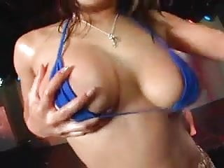 Micro bikini close up Daiya japan gogogirls sexy micro bikini group dance