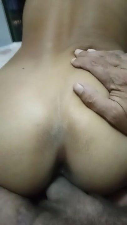 Thai reverse cowgirl assfinger