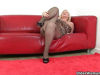 Milf britain - Britains finest gilfs will show you how it is done