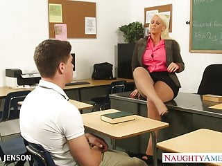 Tobacco in pantyhose Superb babe in pantyhose alura jenson fuck